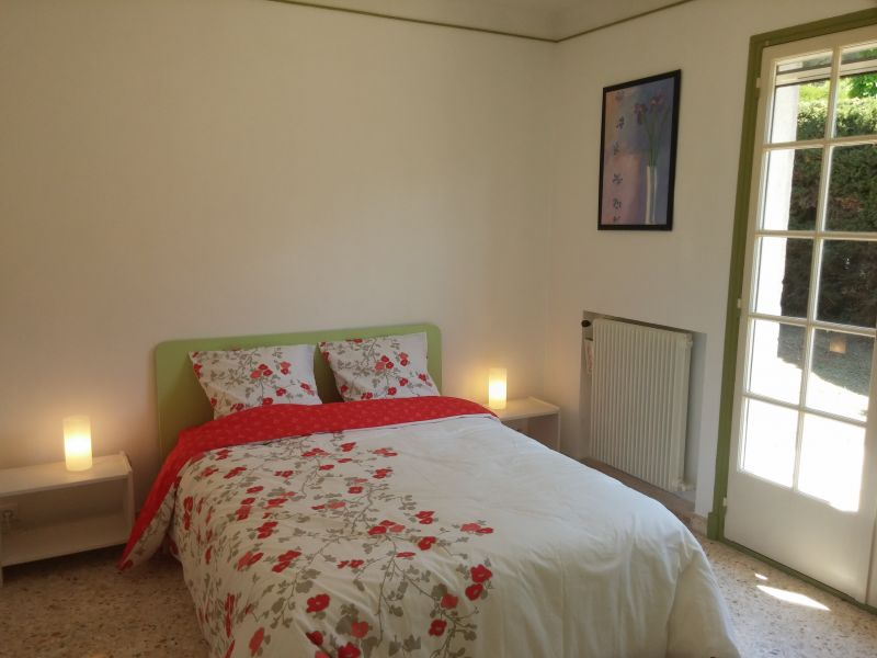 chambre 1 Location Villa 100556 Golfe Juan