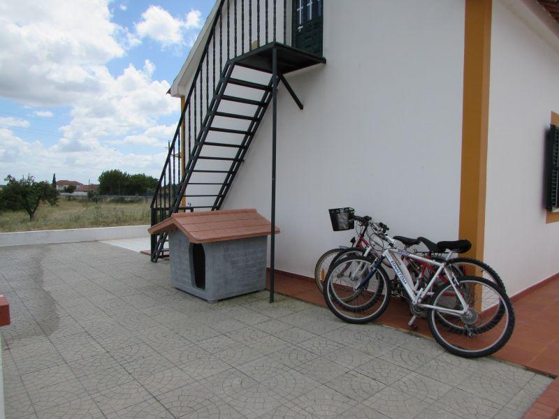 Vue extérieure de la location Location Gite 107990 Coruche