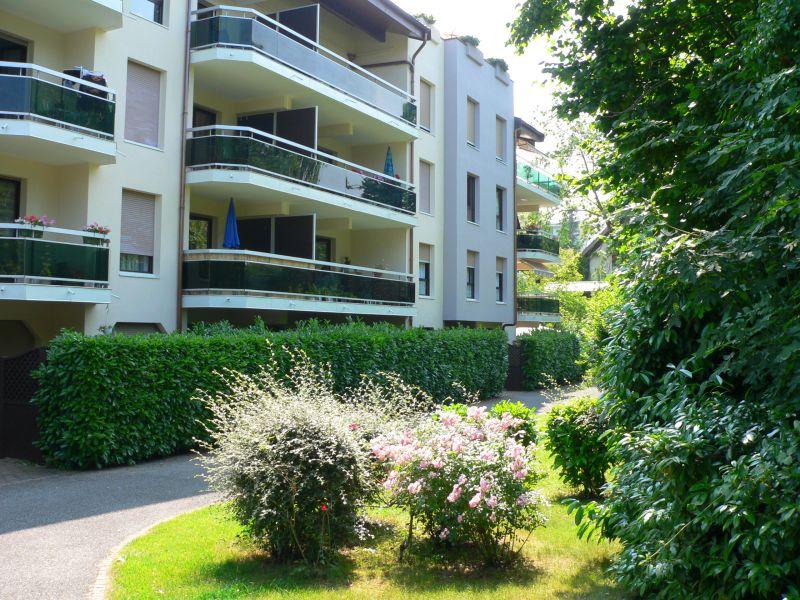 Vue extérieure de la location Location Studio 108306 Thonon Les Bains