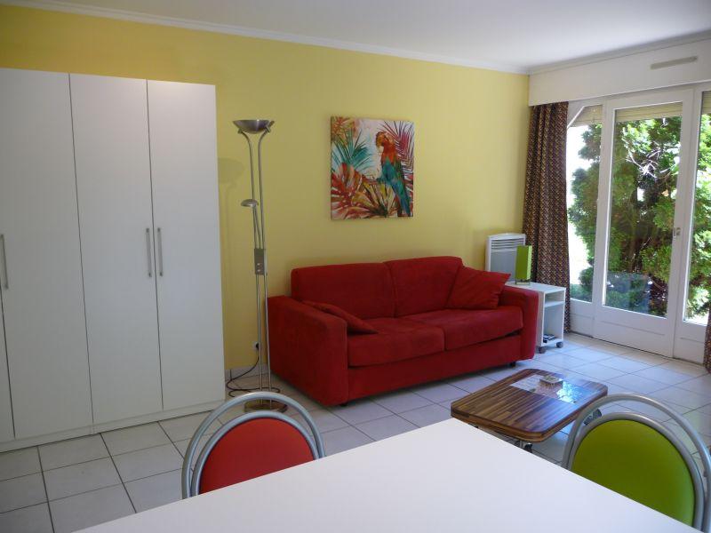 Séjour Location Studio 108306 Thonon Les Bains