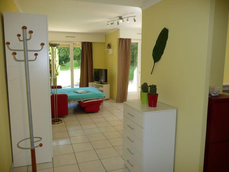 Entrée Location Studio 108306 Thonon Les Bains