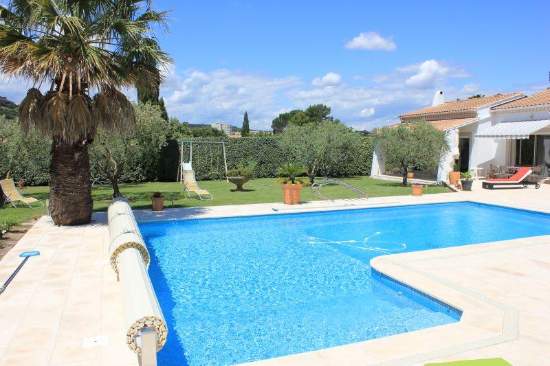 Piscine Location Villa 109138 Avignon