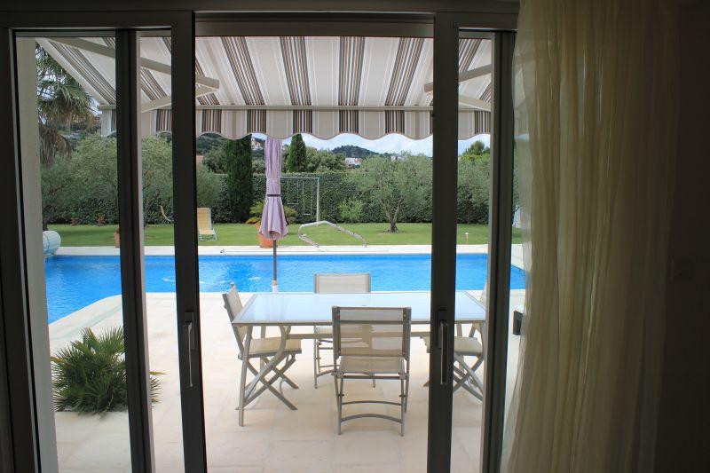 Vue depuis la location Location Villa 109138 Avignon