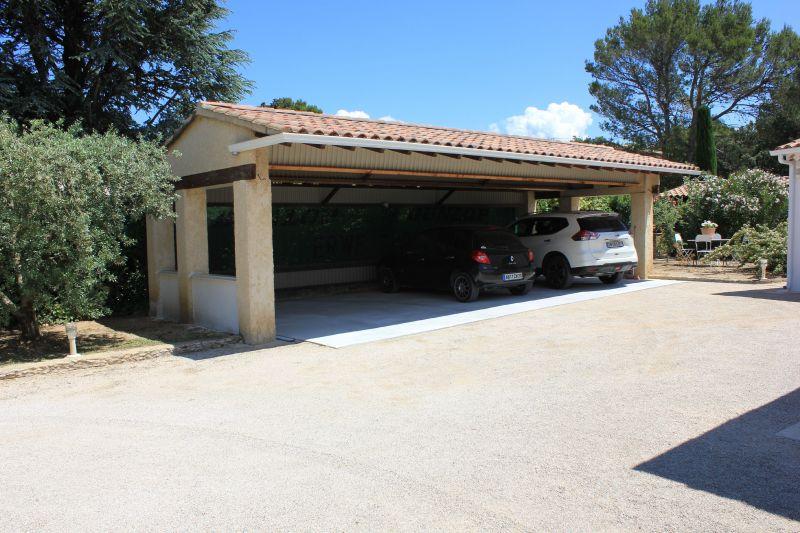 Parking Location Villa 109138 Avignon