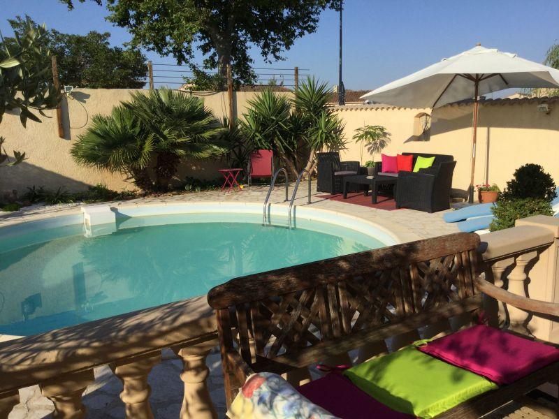 Piscine Location Villa 111517 Avignon