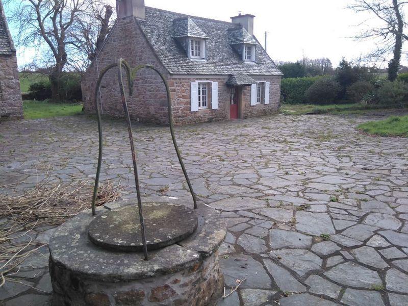 Cour Location Maison 112881 Plougasnou