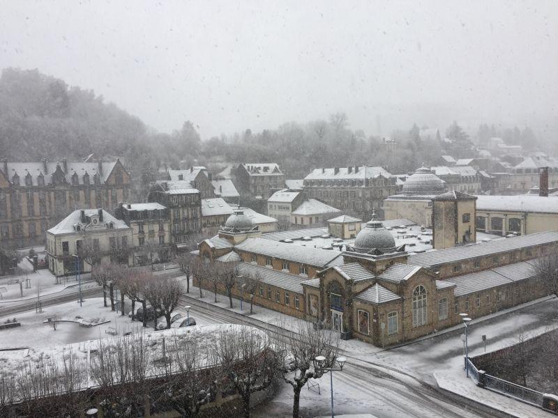 Vue du balcon Location Appartement 113008 La Bourboule