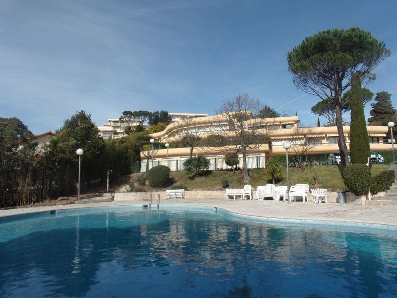 Vue extérieure de la location Location Appartement 116694 Cannes
