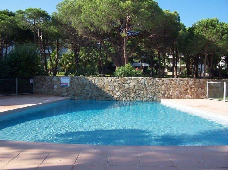 Piscine Location Appartement 117548 Calvi