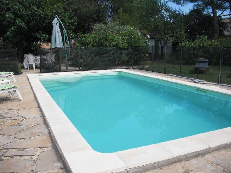 Piscine Location Villa 118110 Nîmes