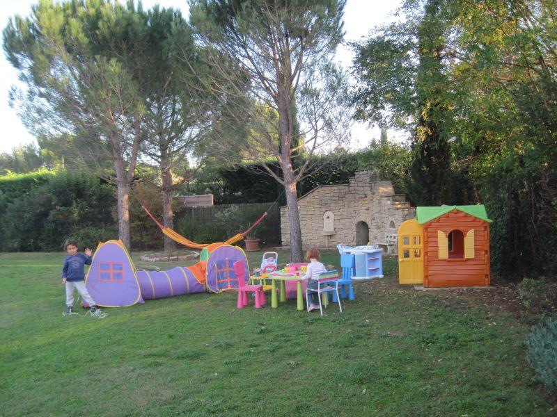 Jardin Location Villa 118411 Isle sur la Sorgue