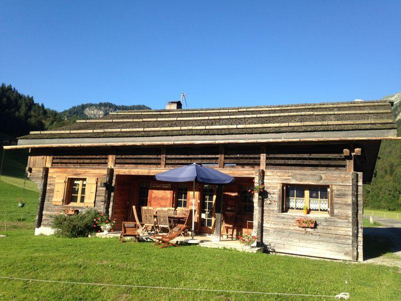 Vue extérieure de la location Location Chalet 66538 Le Grand Bornand