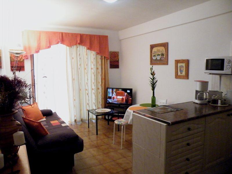 Location Appartement 70136 Los Cristianos