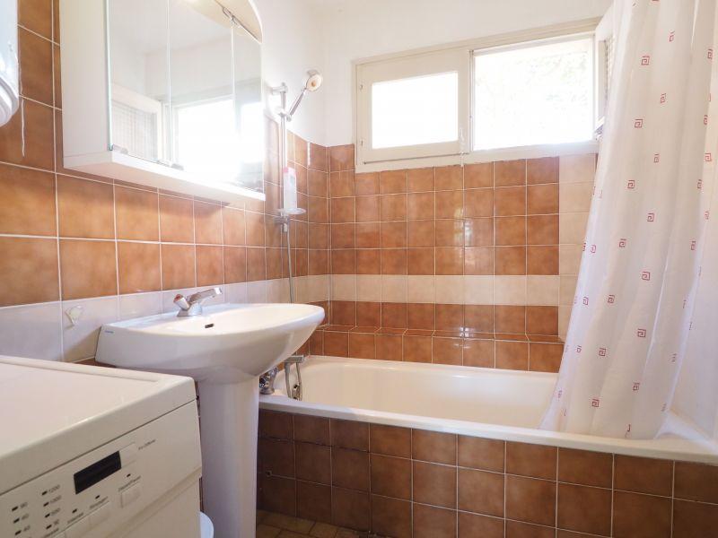 salle de bain Location Appartement 72770 Le Grau du Roi
