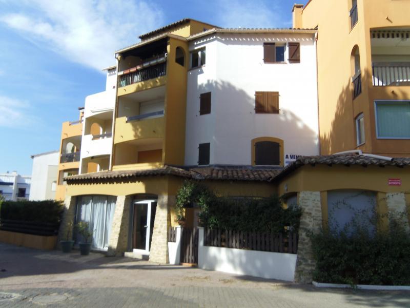 Vue extérieure de la location Location Appartement 72770 Le Grau du Roi
