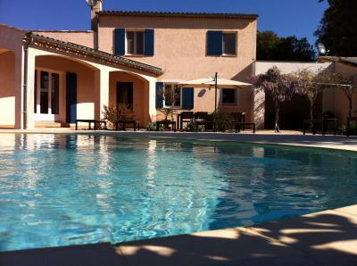 Vue ext�rieure de la location Location Villa 77999 Allemagne en Provence