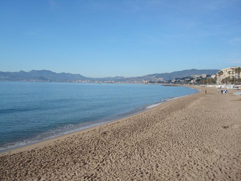 Vue extérieure de la location Location Studio 79486 Cannes