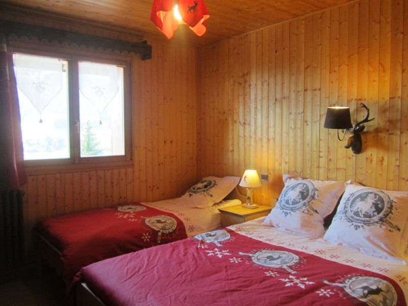 chambre 1 Location Chalet 80003 Les Gets