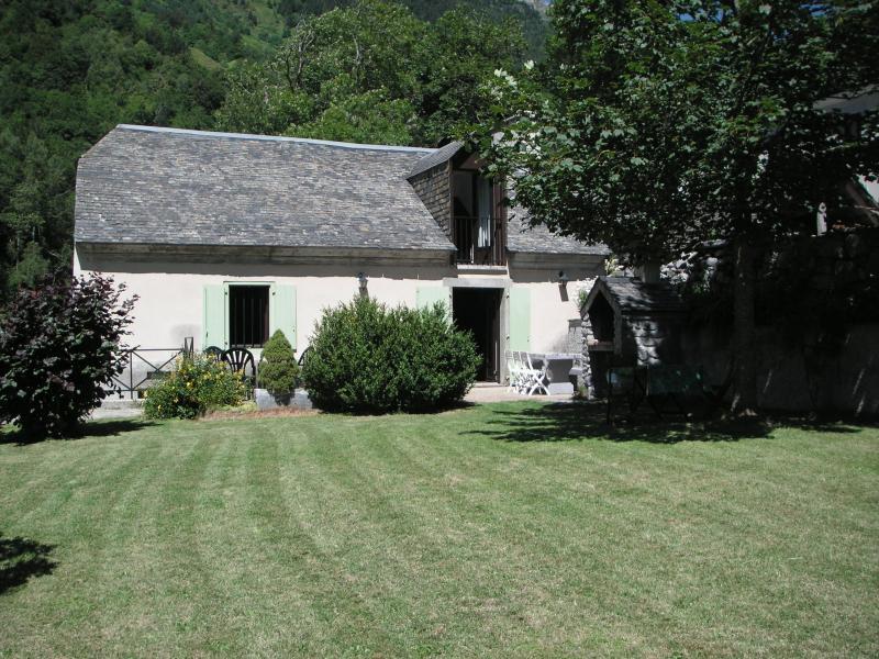 Vue extérieure de la location Location Gite 80104 Barèges