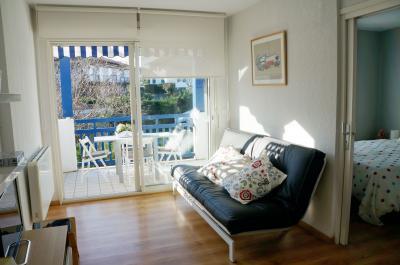 Salon Location Appartement 82155 Hendaye