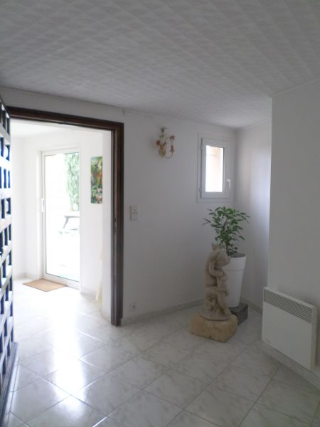 Entrée Location Gite 83431 Avignon
