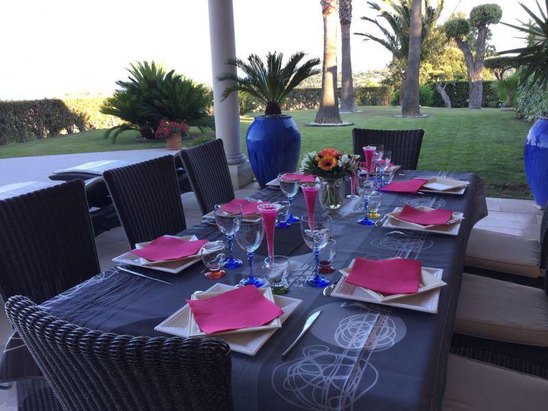 Cuisine d'été Location Villa 85005 Sainte Maxime