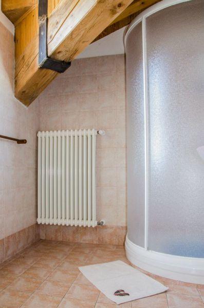 salle de bain Location Appartement 86799 Bionaz
