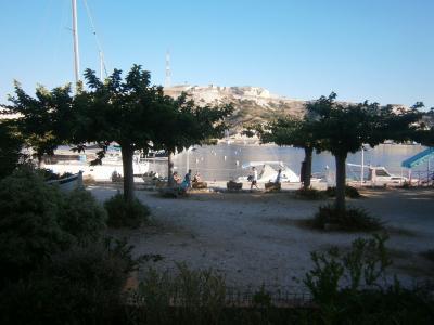 Vue ext�rieure de la location Location Studio 88396 Marseille