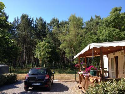 Vue ext�rieure de la location Location Mobil-home 93207 Vieux Boucau