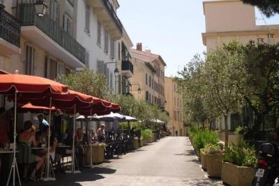 Vue � proximit� Location Appartement 94944 Cannes