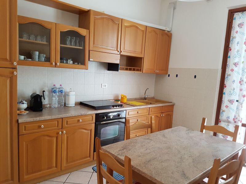 Cuisine indépendante Location Appartement 104995 Marotta