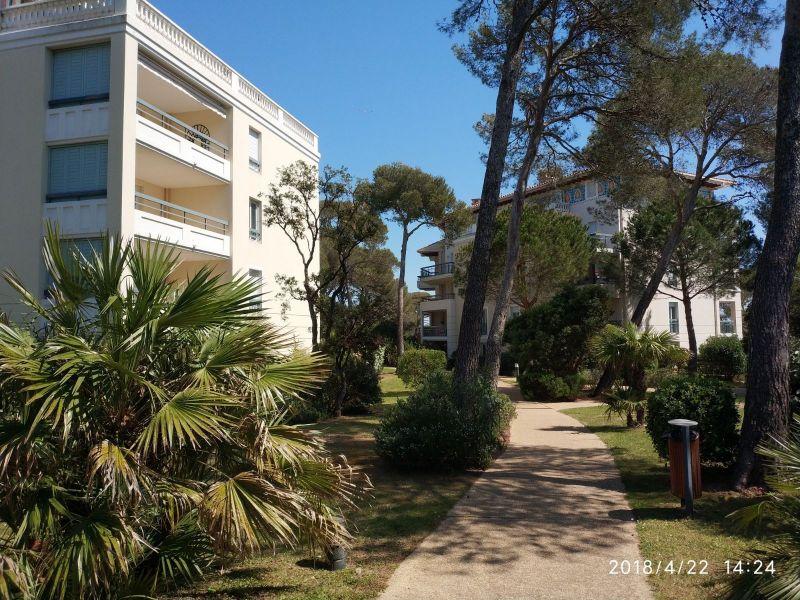 Jardin Location Appartement 107365 Fréjus