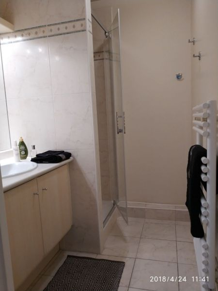 Salle d'eau Location Appartement 107365 Fréjus