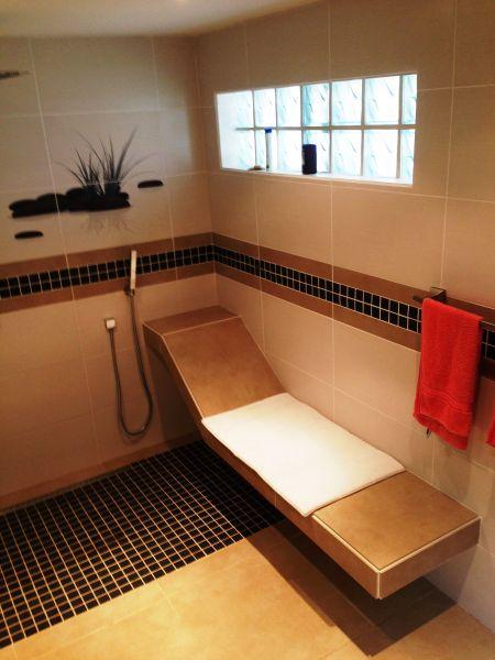 salle de bain Location Appartement 108399 Marigot