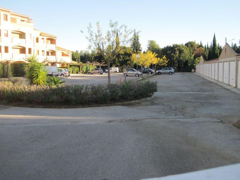 Parking Location Maison 108421 La Londe les Maures