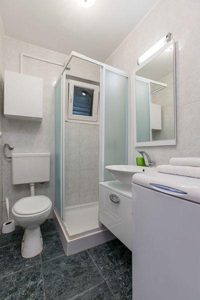 salle de bain 1 Location Maison 112576 Trogir