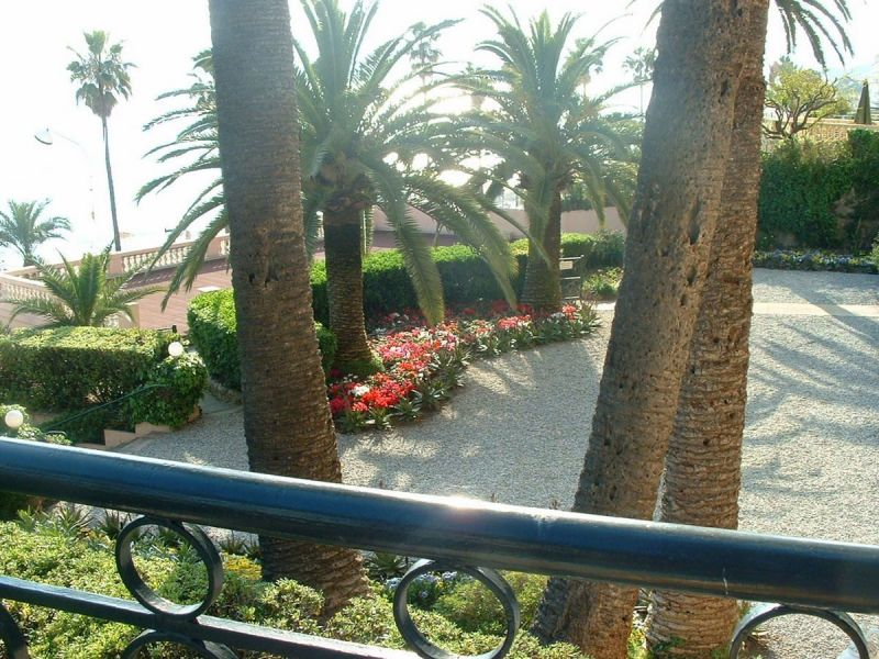 Vue du balcon Location Appartement 113326 Cannes