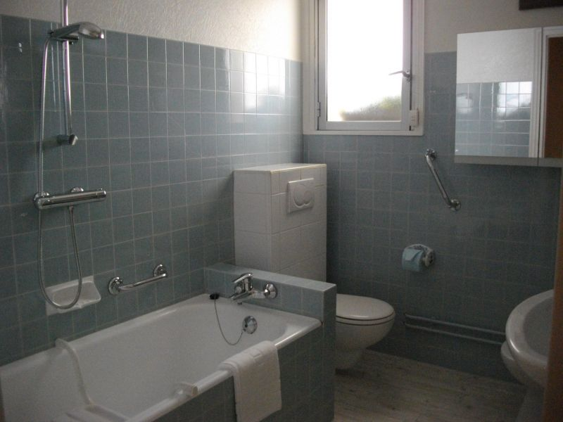 salle de bain Location Appartement 113335 Saint Jean de Luz