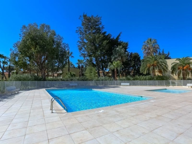 Piscine Location Appartement 114308 Antibes