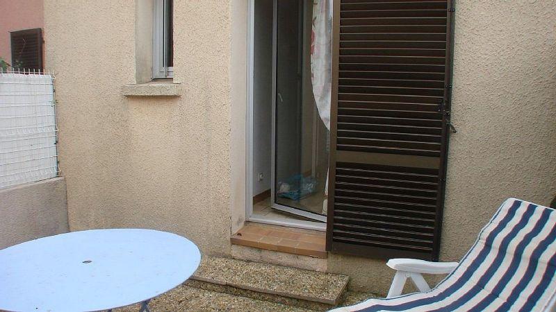 Cour Location Villa 117077 Valras-Plage