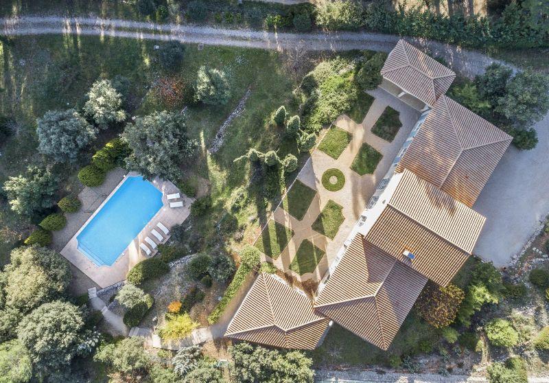 Vue extérieure de la location Location Villa 118602 Lorgues