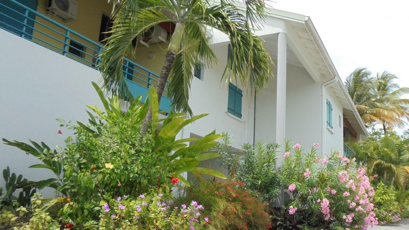 Jardin Location Appartement 73124 Sainte Anne (Guadeloupe)