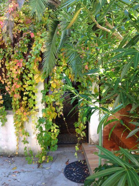 Entrée Location Appartement 74517 Marseille