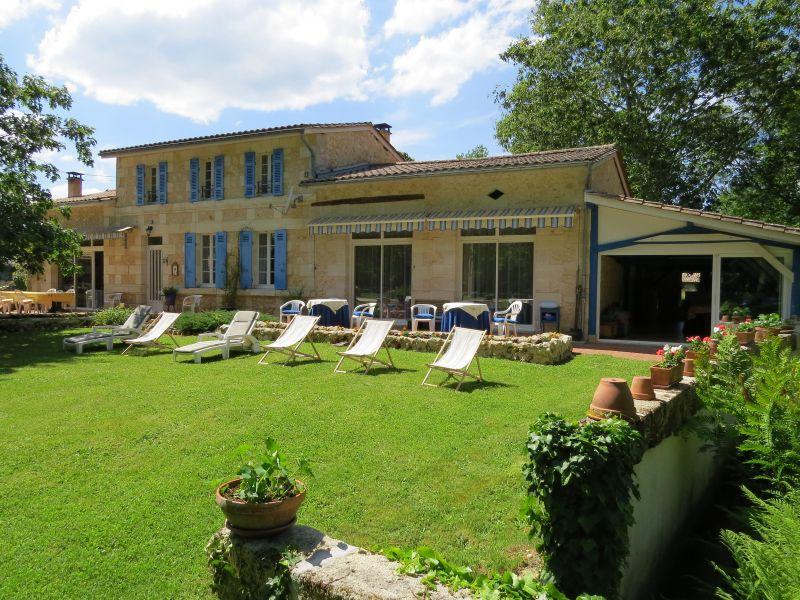 Vue extérieure de la location Location Maison 76715 Bordeaux