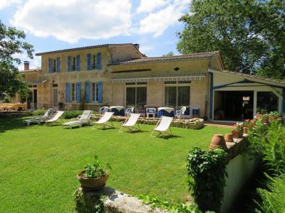 Vue ext�rieure de la location Location Maison 76715 Bordeaux