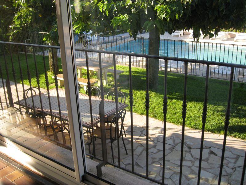 Vue de la terrasse Location Villa 78620 Saint Tropez