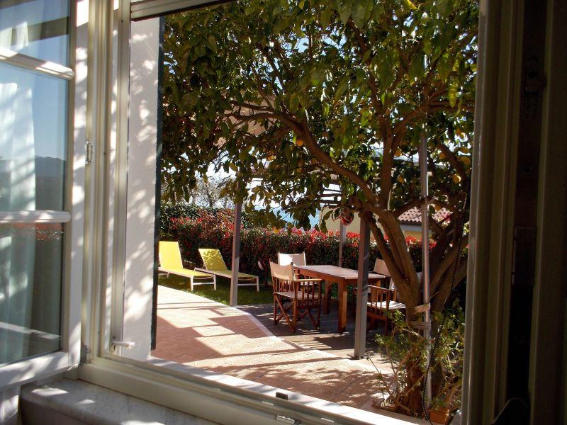 Vue autre Location Appartement 79780 La Spezia