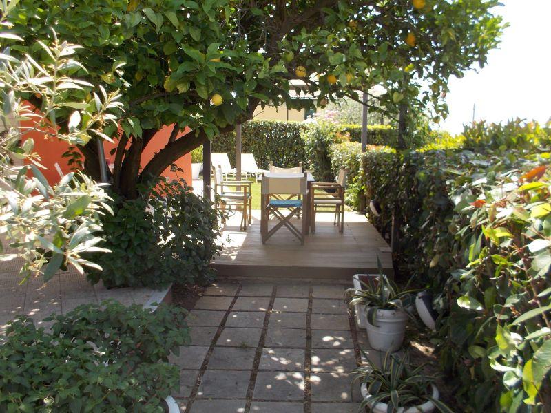Jardin Location Appartement 79780 La Spezia