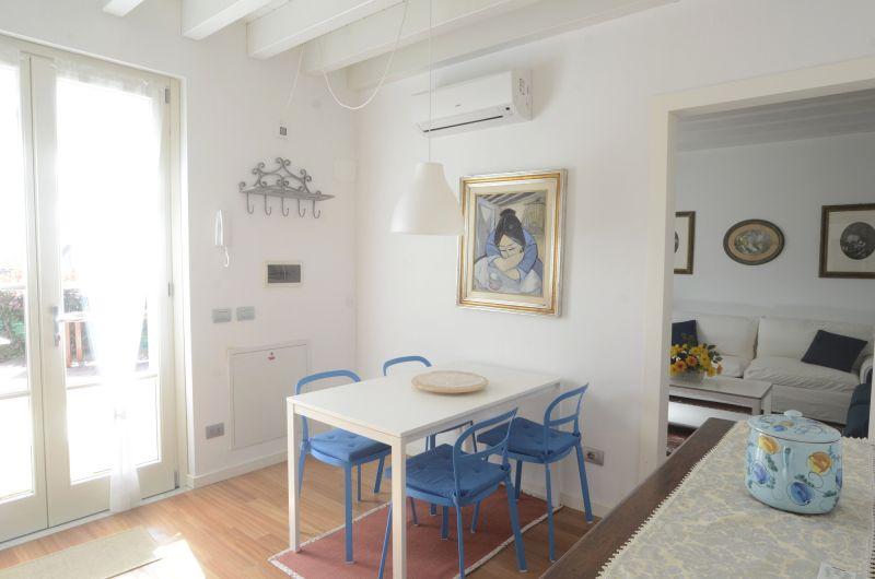 Entrée Location Appartement 79780 La Spezia