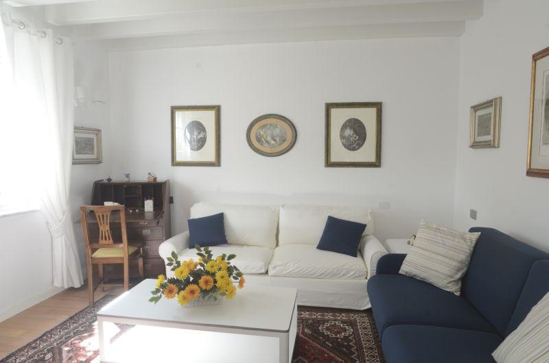 Séjour Location Appartement 79780 La Spezia